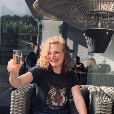 Isa zoekt een Appartement / Huurwoning / Kamer / Studio in Leiden